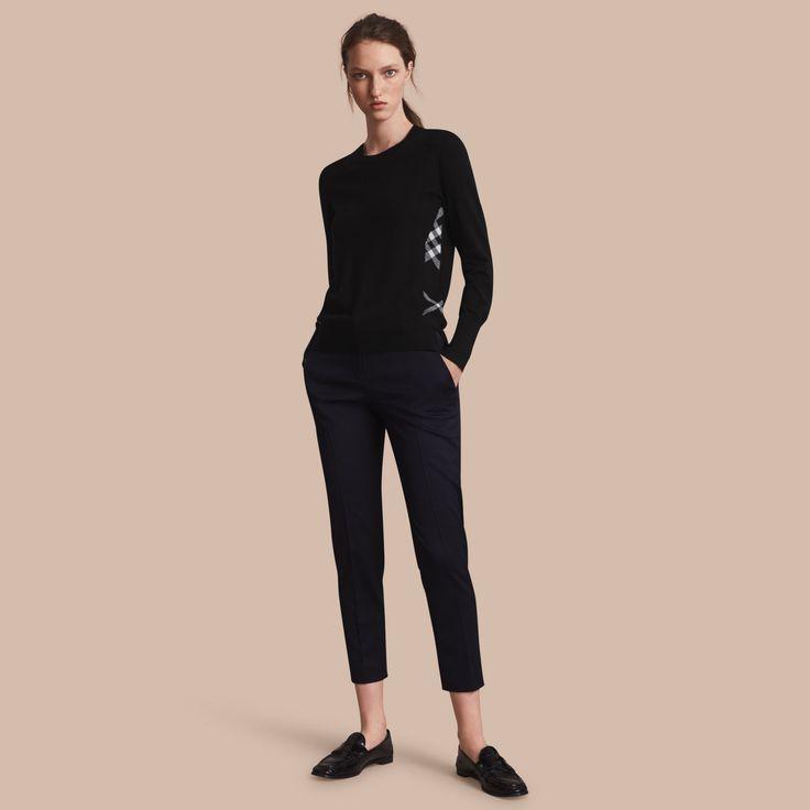 https://fr.burberry.com/pull-en-laine-merinos-texturee-p40513391