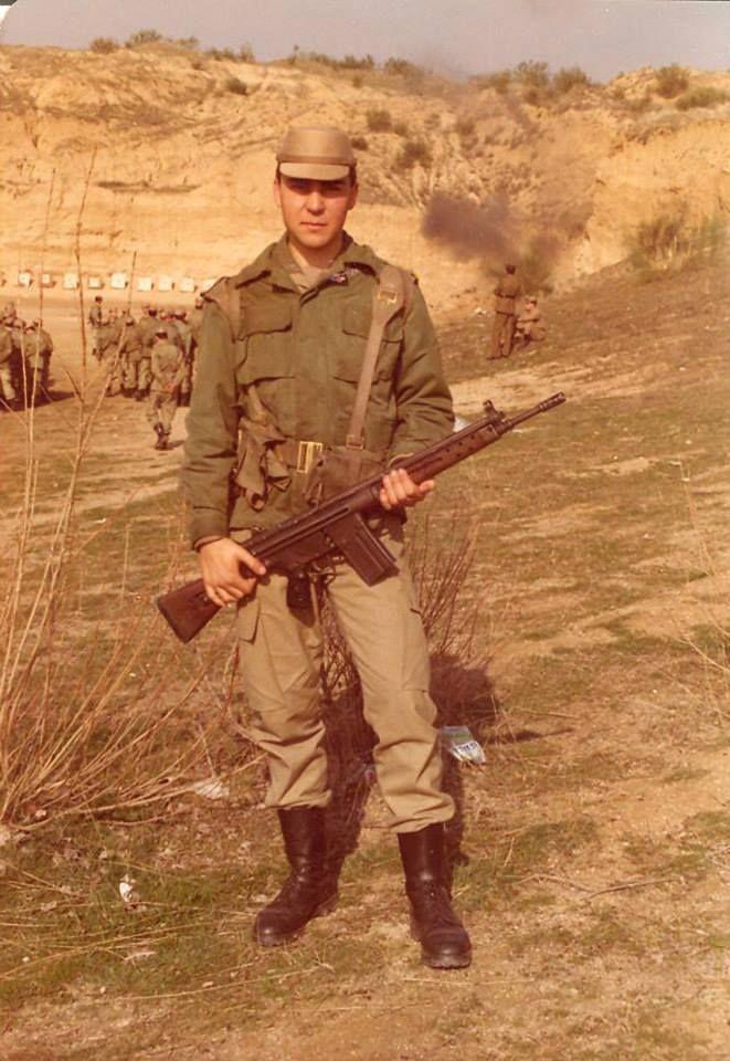 Agrupación de Tropas del Cuartel General del Ejército. Campamento de Móstoles. 17 añitos