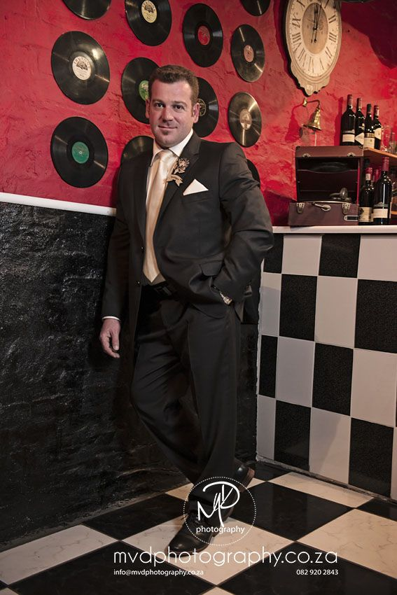 Casa-lee Country Lodge Retro French Bar, our Groom looking handsome!