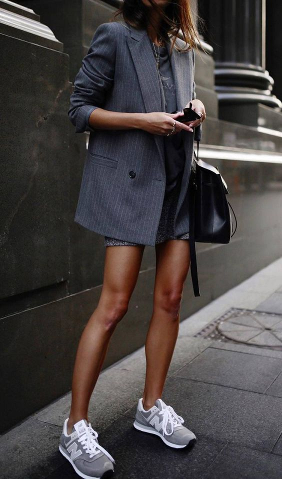 Great 10+ Minimalist Outfit Ideas