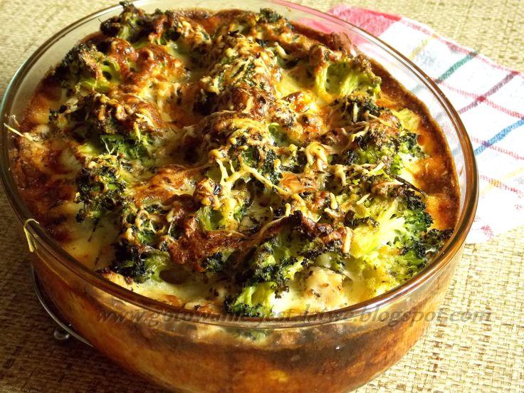 Gotowanie jest łatwe: Zapiekanka z kurczakiem i brokułami