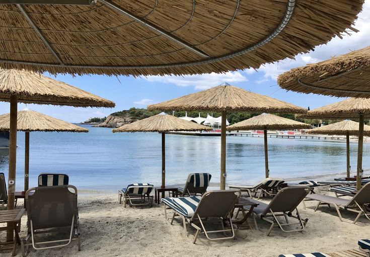 Lagonissi Grand Resort