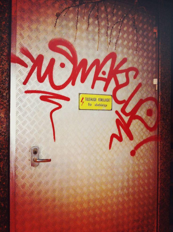 Graffiti Tags & Bombing