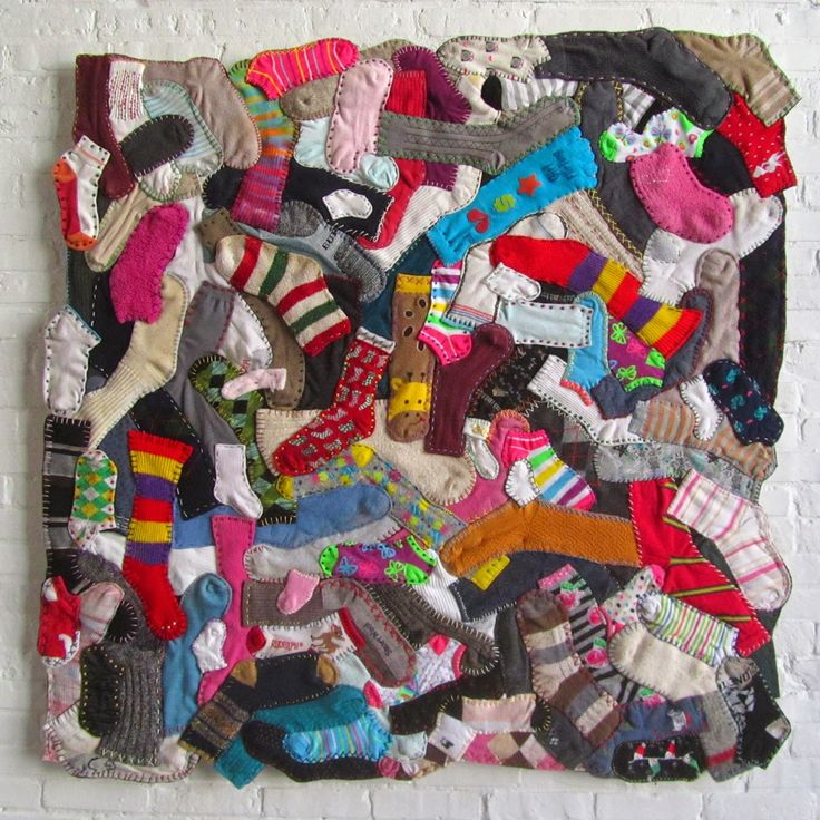 "This clever quilt ""Odd Socks""  was made by Juliet (originally from Scotland, living in New Zealand). Her blog is the Tartan Kiwi . You ..."