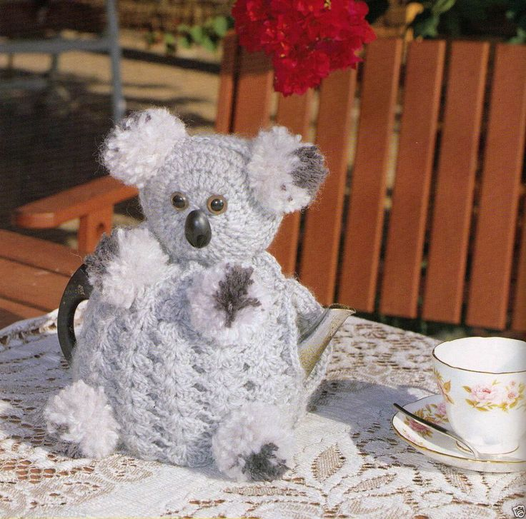 VINTAGE TEAPOT CUTE COZY FROM AUSTRALIA  KOALA  GREY WHITE  ?PLY CROCHET PATTERN