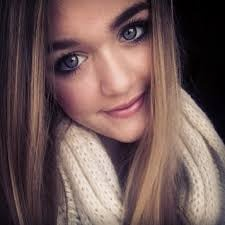 <3 Lottie Is So Beautiful! <3 this girl is the same age as me..how is this even possibal? she is like movie star beautiful and im like me