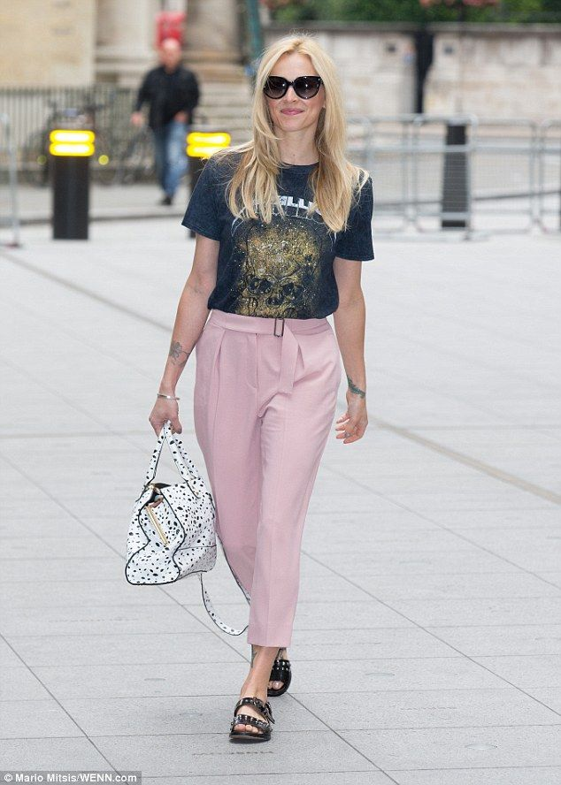 New threads? Fearne Cotton looked sharp for her arrival at BBC Radio 2 on Saturday mornin...