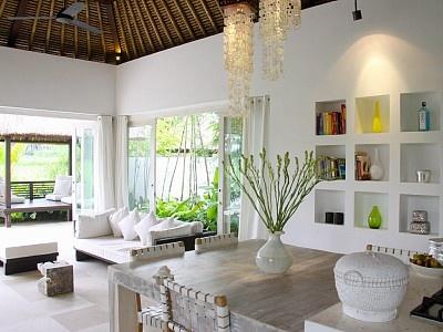 Eat, Play, Love. White Villa at Lodtunduh Ubud