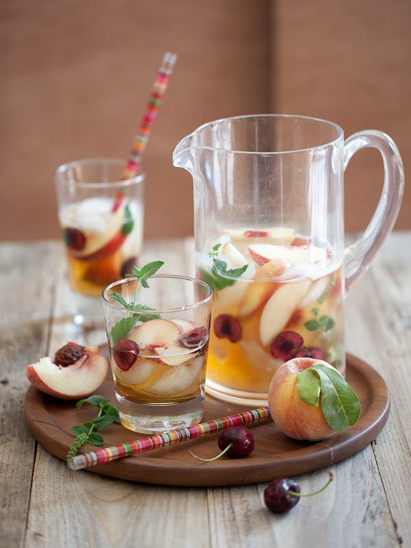 Hotel Inspired White Peach Sangria with Harry & David