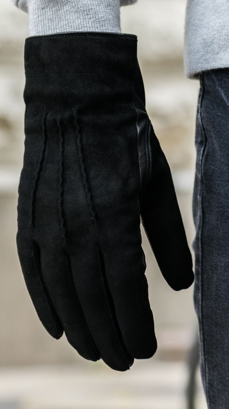 Men's leather gloves, wool lined. Webshop: www.alpagloves.com