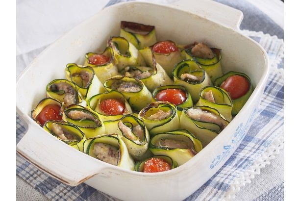 Herb grilled zucchini and sardines