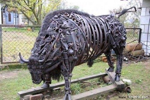 Farm Scrap Metal Art Sculptures | awesome, cool, art, sculpture, Incredible Scrap Metal Bull Sculpture