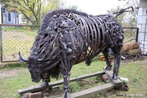 Farm Scrap Metal Art Sculptures | awesome, cool, art, sculpture, Incredible Scrap Metal Bull Sculpture
