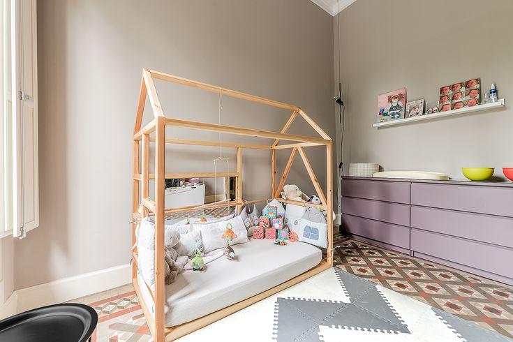Cama infantil montesori ffwd arquitectos barcelona - Estudio de interiorismo barcelona ...