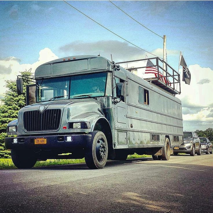2001 Converted Bus, 150k miles, 4 queen beds, full kitchen $22,000, deck on top (bars fold down)