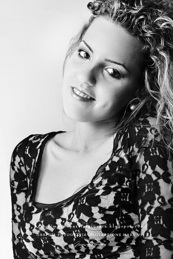 Margaret Makeup/fotografia/grafica