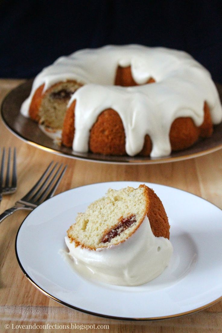 Love and Confections: Guava and Cream Cheese Bundt Cake #BundtBakers