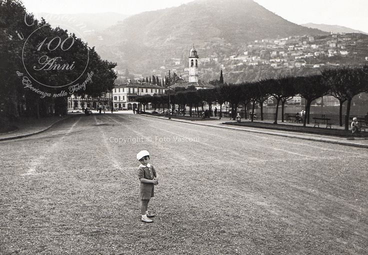 http://www.fotovasconi.it/it/blog/8-antonio-vasconi-in-riva-a-cernobbio-1940.html