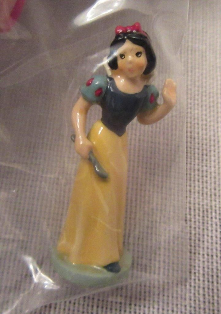 "OLSZEWSKI ""SNOW WHITE"" GOEBEL MINIATURE SNOW WHITE SERIES-SEALED W/BOX 168-P SW2 
