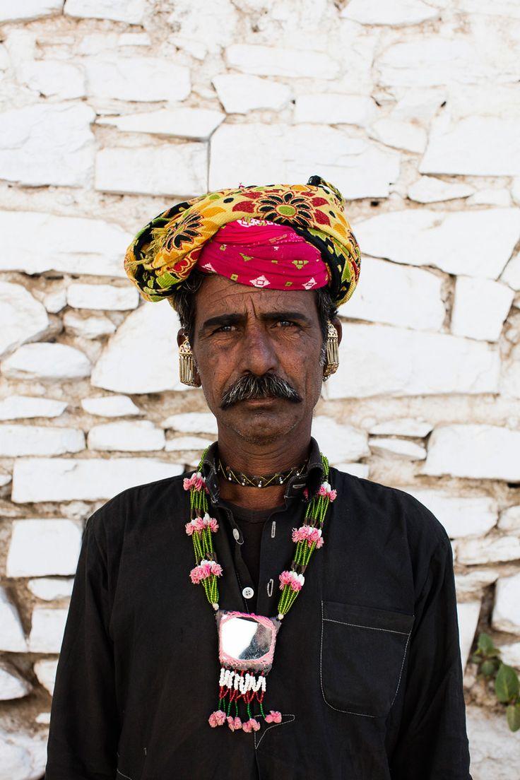 Músico de la tribu sapera - Rajastán, un viaje en el tiempo