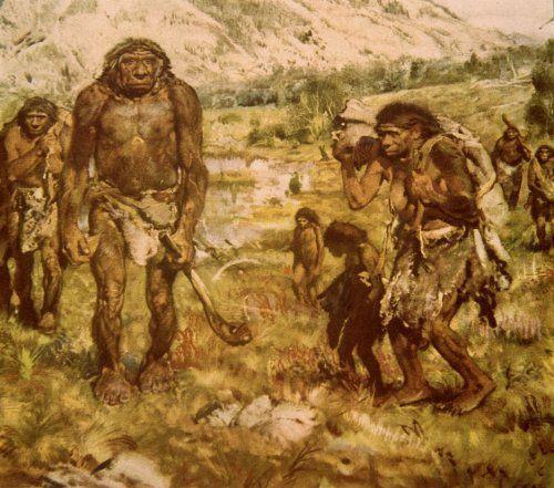 De eerste vorm van het gezin ontstond al bij de oermens door samenwerking en het delen van voedsel. De verschillende groepen ruilden ook vrouwen, zo waren er minder conflicten. Toch raakten de mannen aan een vrouw gehecht. Zo ontstond ' het gezin'.
