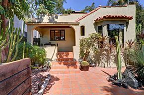 3823 Fernwood Ave in Silver Lake