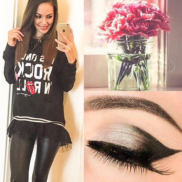New arrivals! #pullover #rose #makeup #leggings #mayochix #gtif #instagood #instafashion #tbt #mik @mayo_chix @monikakocso