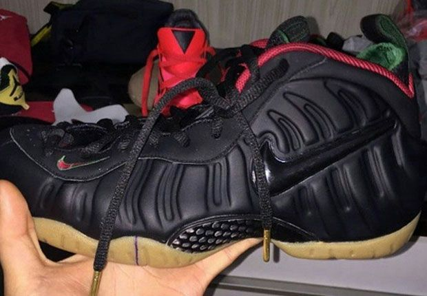 Nike seems hell-bent on rejuvenating the Nike Foamposite Pro with new colorways instead of bringing back the tried and true retros everyone's waiting for (here's looking at you Dr. Doom). What's resulted is a hit or miss slate of releases … Continue reading →