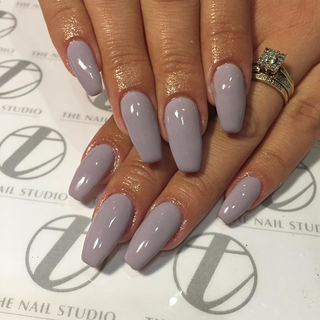 trending grey acrylic nails
