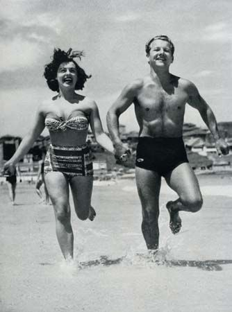 Vintage Beach Photo.  Visit us at www.ramadatropics.com for information about our Des Moines hotel