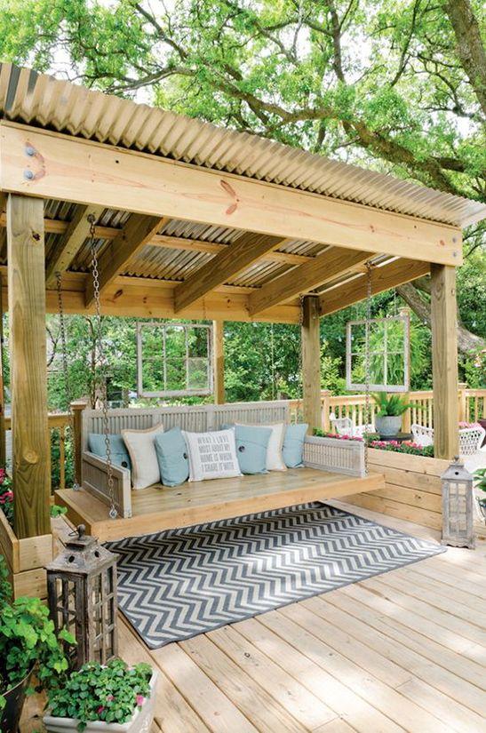 Balançoire parfaite - 10 idées pour créer un salon dans sa cour
