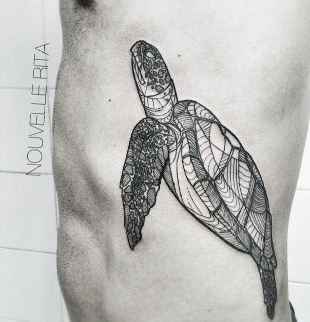 les 19 meilleures images du tableau top 20 tatouages tortue sur pinterest id es de tatouages. Black Bedroom Furniture Sets. Home Design Ideas