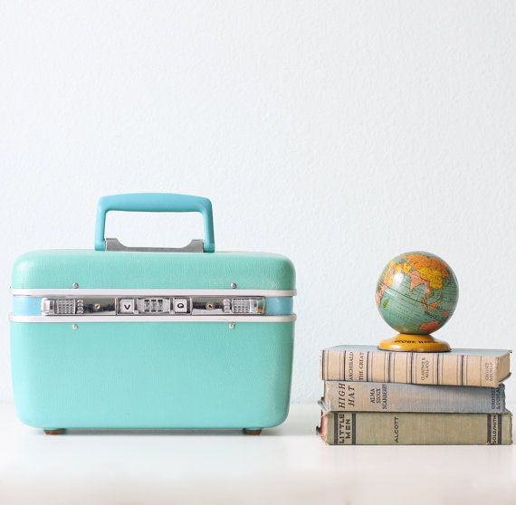 Vintage Aqua Train Case - by Prince....the kind I used to have...except mine was blue...