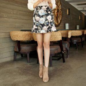 Korea Womens Luxury Shopping Mall [mimindidi] Flower Night ♡ sk / Size : S,M / Price : 44.52 USD #korea #fashion #style #fashionshop #apperal #luxury #lovely #mimididi #bottom #skirt #dailylook #flowerpattern