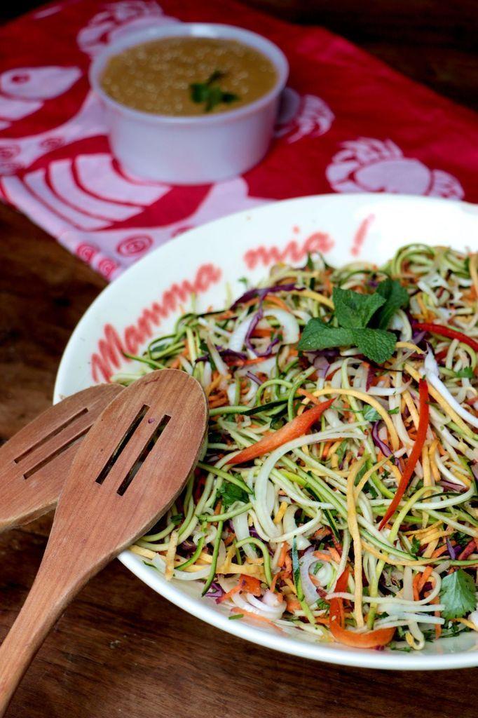 Pad thaï tout cru (vegan & sans gluten)                                                                                                                                                      Plus