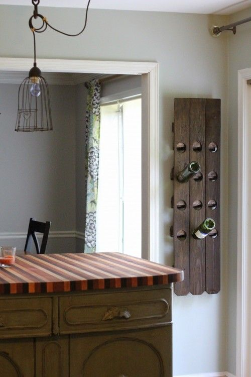 DIY wine rack made from a fence!