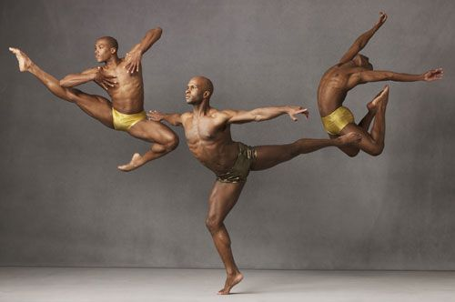 Alvin Ailey American Dance Theater: Ballet.  http://www.chicagostagereview.com/wp-content/uploads/2009/03/mail1.jpg