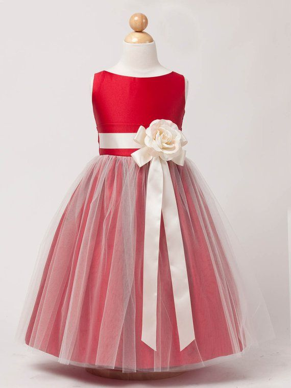 This is also very cute, but maybe do black or silver for the tulle and the bow.
