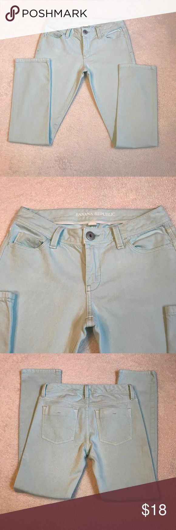 Banana republic aqua jeans Perfect condition. Inseam 28 inches Banana Republic Jeans Ankle & Cropped