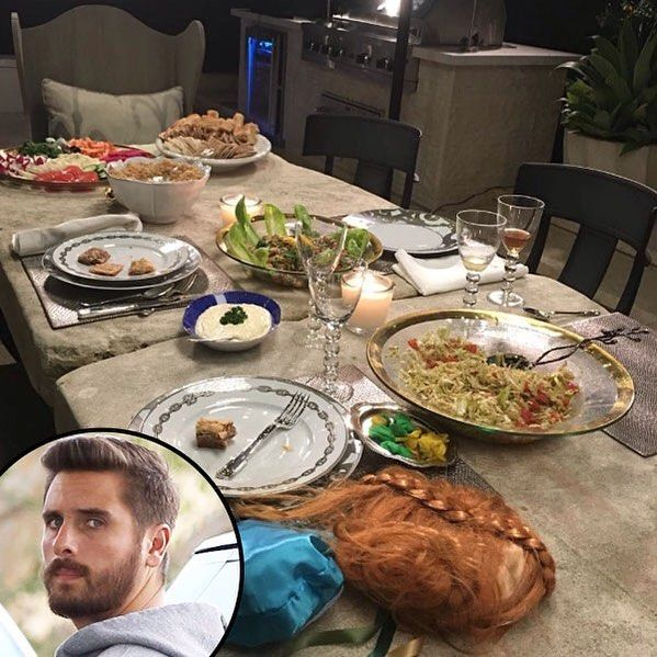 . Scott Disick joined Kourtney Kardashian and her family for a dinner last night honoring the late Robert Kardashian. Click the link in our bio for all the details. (:Instagram GEVA/AKM-GSI) by eonline