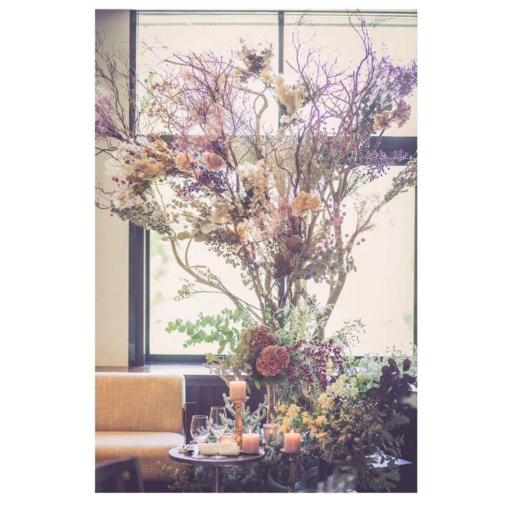 いいね!157件、コメント14件 ― PON ✁♥さん(@pon_wedding_story)のInstagramアカウント: 「wedding report✱22 . . お花の話続きますヽ(^^)ノ . 式のテーマは「flower」でした。 過去postでも1度語りましたが笑…」