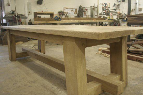 https://eiken-meubelen.nl/oud-eiken-tafels