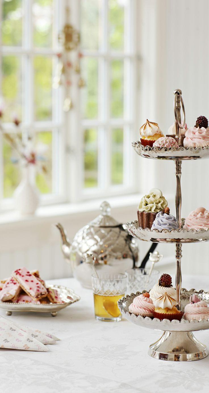 Pretty Sweets by Lisbeth Dahl
