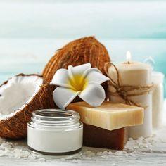 DIY-Kosmeti-Rezept für selbst gemachte Kokosöl Creme fürs Gesicht mit nur 5 Zutaten - versorgt die Haut mit viel Feuchtigkeit ...