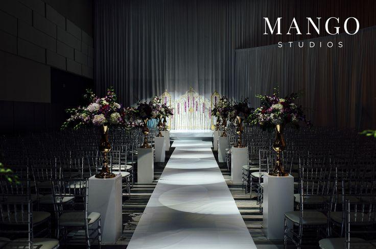 #ceremony #details #extravagant #fancy #flowers #ideas #wedding #weddingday #isle #decor #photography