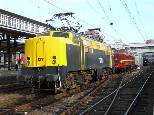 nederlandse treinen - 3types loc serie1200