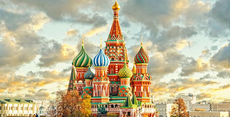 Enjoy a private walking tour of the Red Square and Kremlin