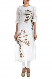 Floral Embroidered White Kurta By Samant Chauhan  Rs. 11,000
