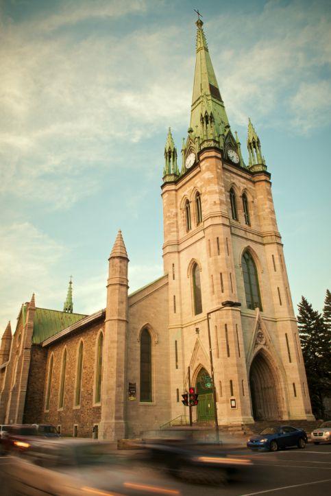 Cathédrale de Trois-Rivières Photo : Étienne Boisvert #eglise #cathedrale #architecture
