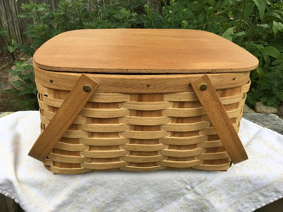 Vintage Woven Wood Picnic Basket Pie Basket with Self